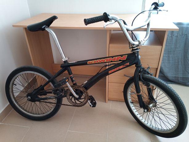 """Bike schwinn aro 20"""""""