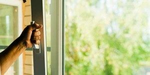 Ремонт регулировка окон дверей,замена уплотнителя москитные сетки