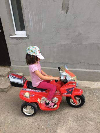 Детский электромобиль -мотоцикл