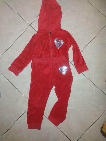 Welurowy dres dla dziewczynki 5.10.15  r.98