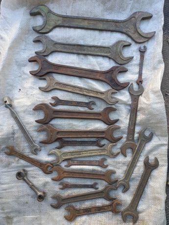 Ключи инструмент молотки