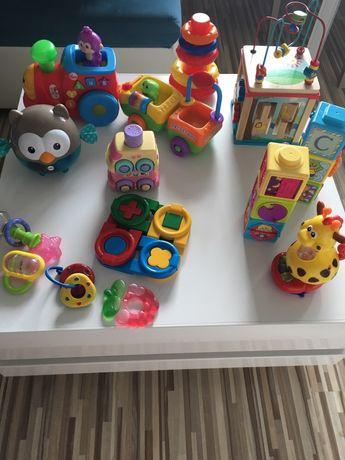 Zabawki niemowlęce fisher price- pociąg, autko,kostka drewniana,sowa