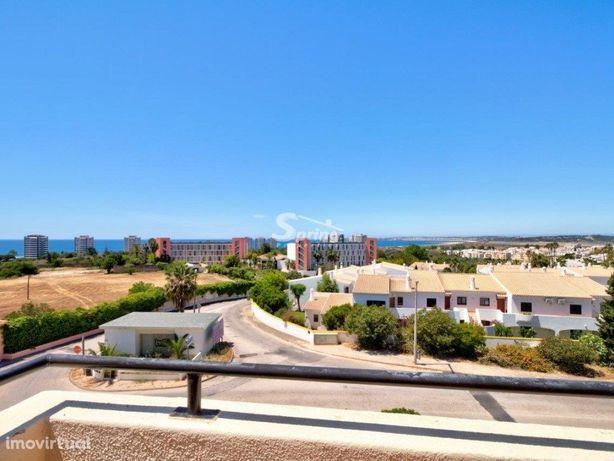 T1 com vista mar, piscina e a 1km da praia