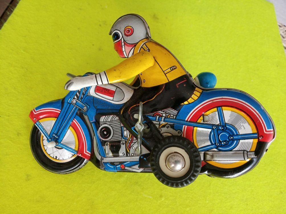 Brinquedo / Moto a corda antiga, em chapa / relíquia