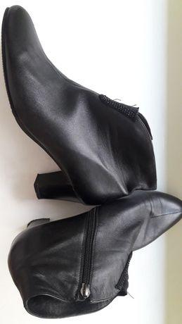 Ботиночки кожаные женские 40р