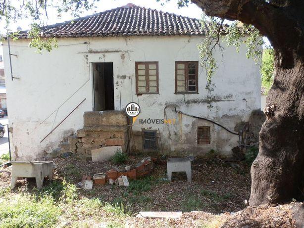 Moradia com Logradouro ,venda, centro de Castelo Branco