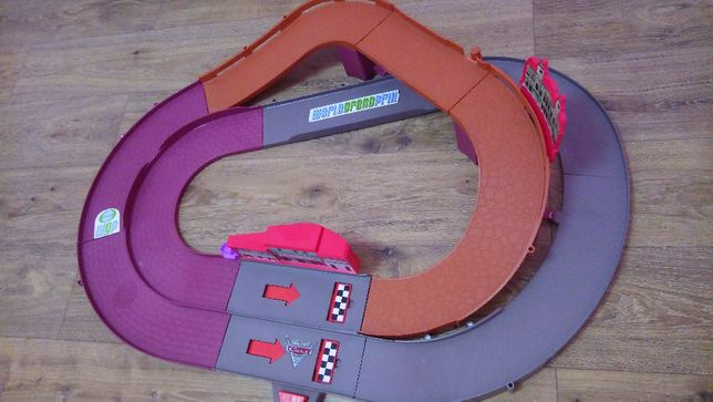 Fisher-Price Shake and Go Spinout Speedway Трек Тачки