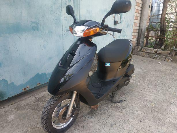 Продам скутер Suzuki let's 2 s..