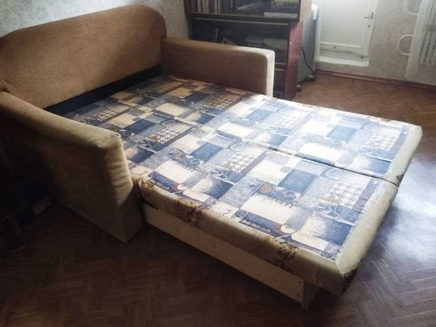 Продам диван для ребенка