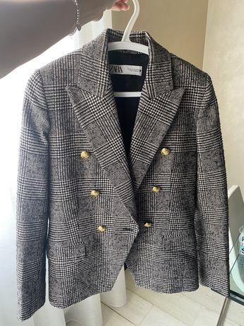 Продаю пиджак Zara