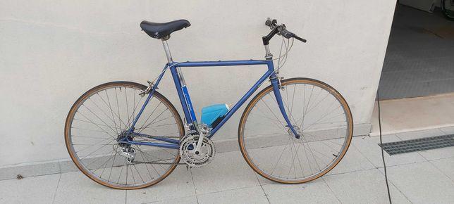 Bicicleta estrada antiga