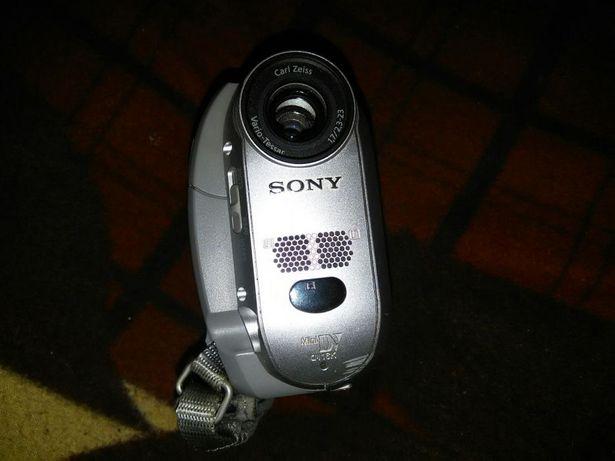 Продам або обміняю відеокамеру sony dcr hc-20e на ваші пропозиції