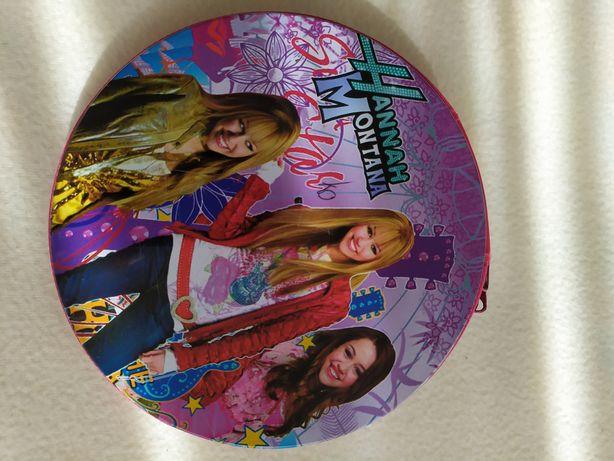 Opakowanie na płyty z wizerunkiem Hannah Montana.