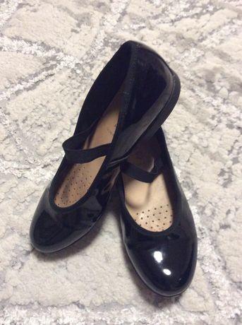 Продаю детские туфли Geox для девочки 34 размер