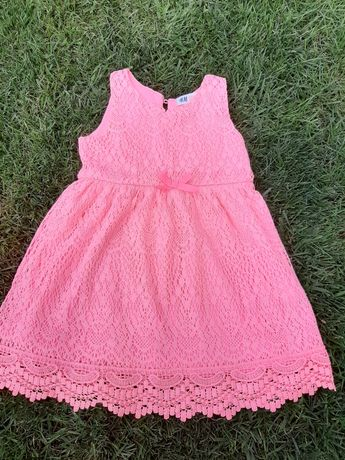 Piękna sukienka h&m koronkowa