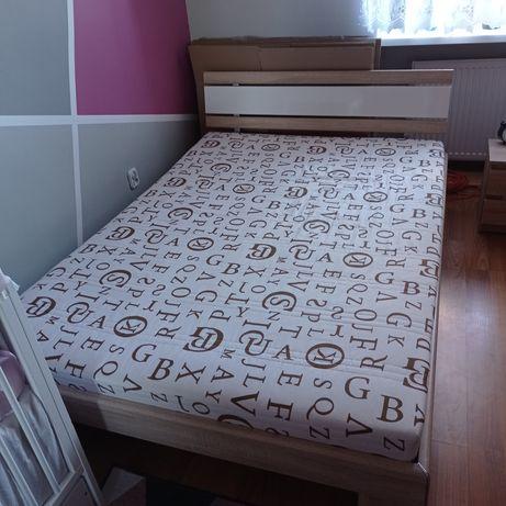 Łóżko sypialniane z materacem 140x200 Dąb Sonoma