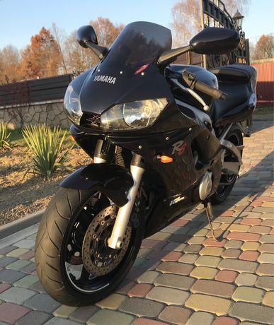 Yamaha R6 2000 року