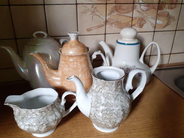 Dzbanki z polskiej porcelany
