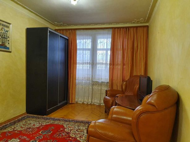 Сдаётся 1 комнатная квартира  метро Спортивная