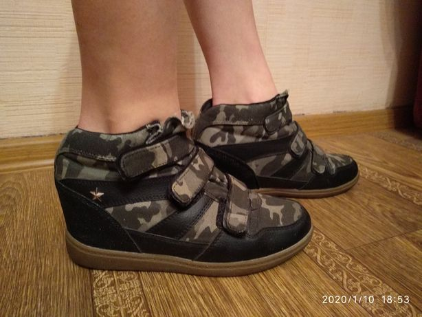 Сникерсы Skechers ботинки