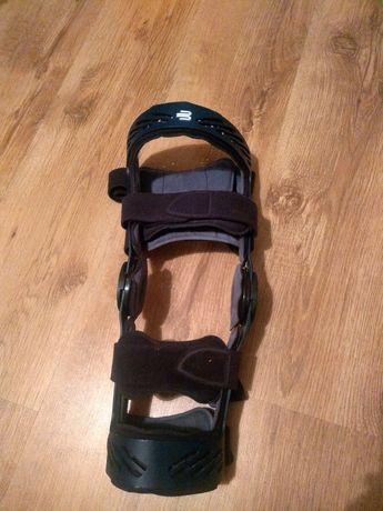 Orteza kolana prawego stawu kolanowego L XL Donjoy prawa Bauerfeind