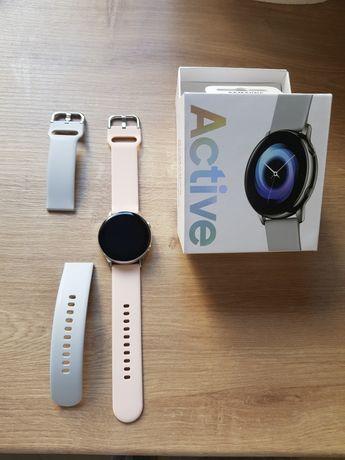 Samsung Galaxy Watch Active smartwatch SM-R500