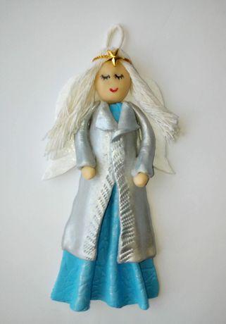 Anioł Stróż z masy porcelanowej Prezent dla dziecka Chrzest Narodziny