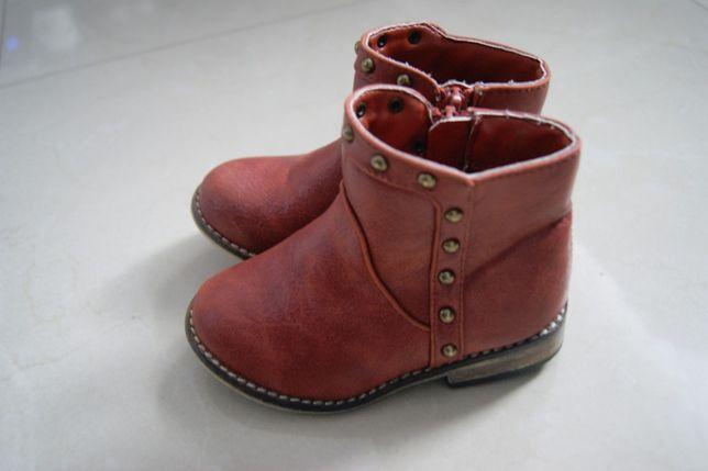 23 buty botki monthecare jesienne