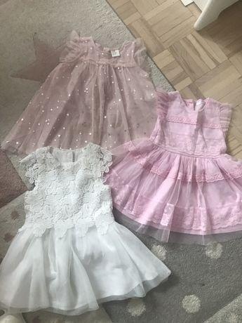 Sukienki r.80/86