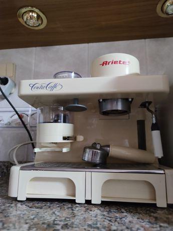 Vendo Maquina De Café Com Moinho