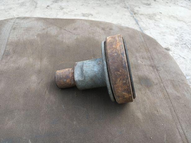 Продам Муфта резиновая демпфер кардана привода редуктора СССР