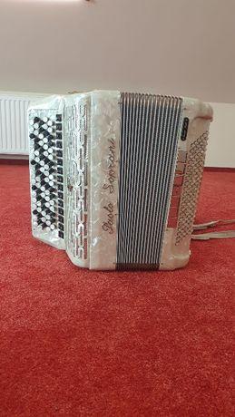 Akordeon uzywany w b dobrym stanie paolo soprani biala perla