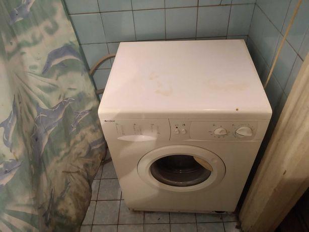 2-к квартира, метро Дарница