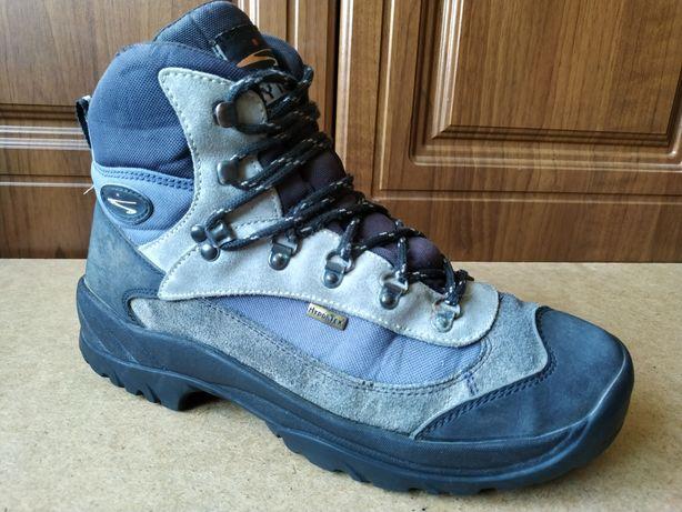 Треккинговые ботинки Lytos 44 merrell salomon Meindl