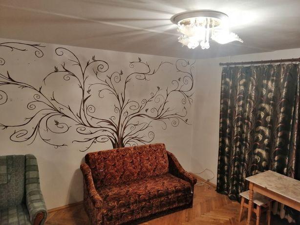 2 кімнатна квартира в пасічній біля обласної лікарні!