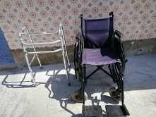 Cadeira de rodas e andarilho