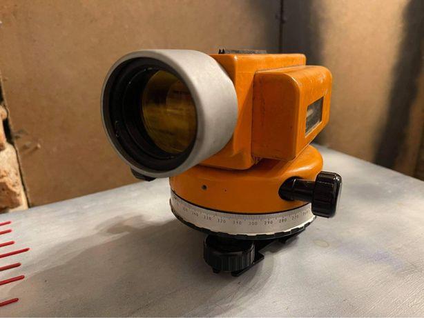 Rosyjski niwelator optyczny model 2N-3L