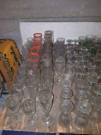 Продам посуду , времён СССР,  находится 17-й м/рн