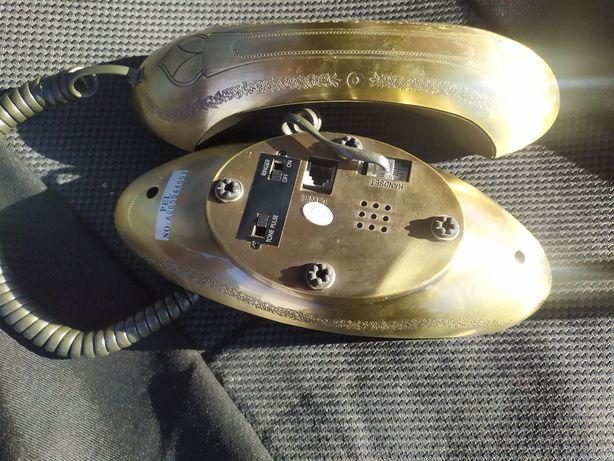 Телефон бронзовый, кнопочный