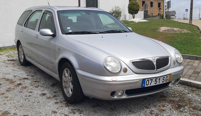 Lancia Lybra 1.9 JTD Ano:2001