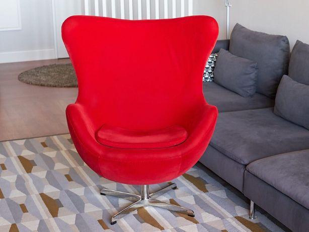 Réplica poltrona EGG Arne Jacobsen