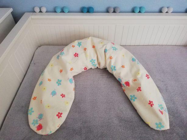 Poduszka dla kobiety w ciąży, do spania i karmienia.