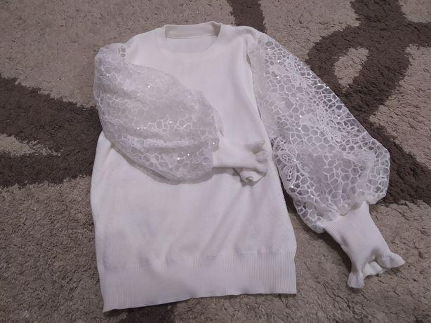 Модная красивая кофта блуза