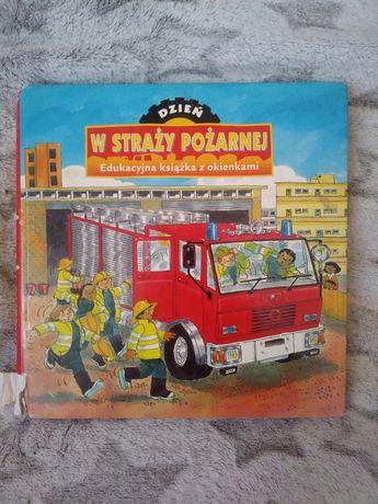 Interaktywna ksiązeczka Dzien w straży pożarnej - otwierane okienka