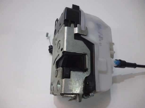Fechadura / motor fecho central porta trás direita Citroen C3