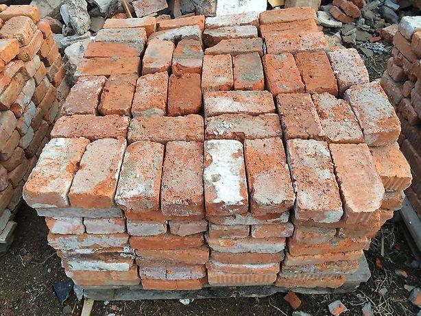 Кирпич б/у, цемент