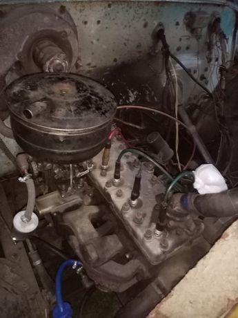 Двигун Радіатор Бачок газ 52