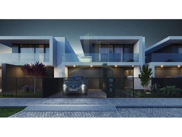 Moradias T3 para venda em Construção em Monção