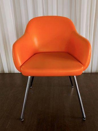 Кресло оранжевое Nowystyl, офисное кресло, кресло для ресторана