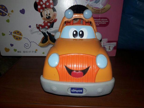 Машинка на радиоуправлении Чикко